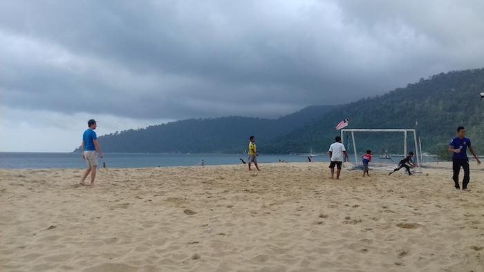 D'autre îles peuvent être visitées en Malaisie : Perenthian, Langkawi ou Penang.