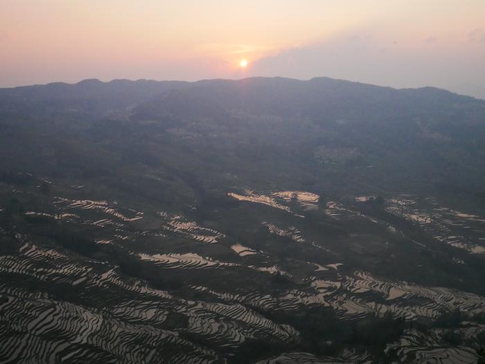 A quelle heure observer le coucher du soleil à Bada ?