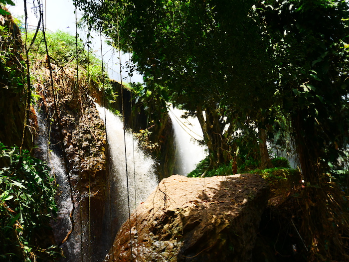 Où se trouve l'Elephant Waterfall ?