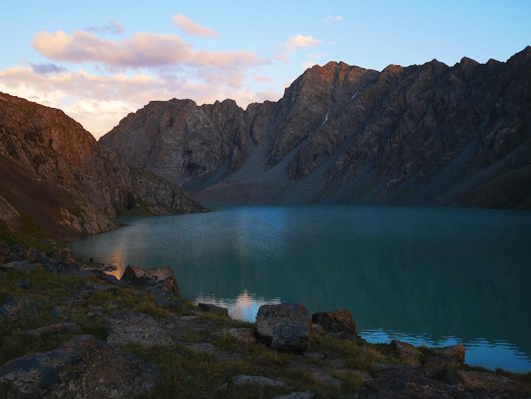 Le lac Ala Kul vaut-il le détour ?
