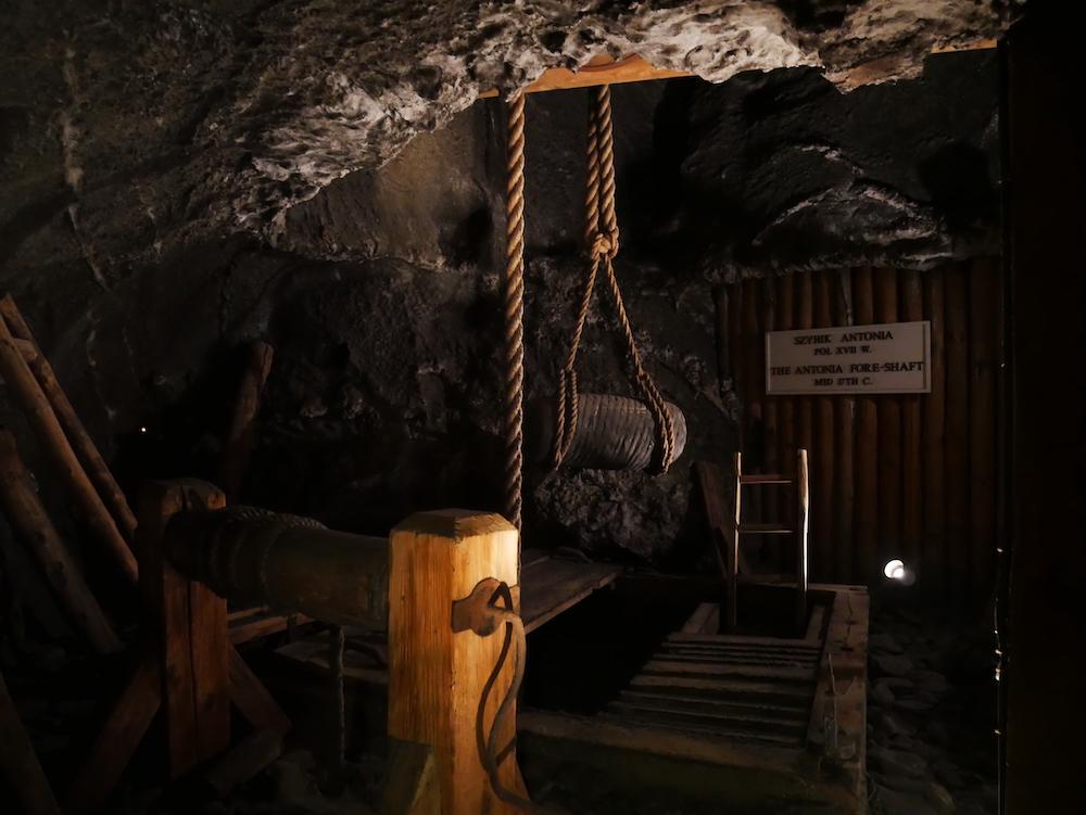 Poulie dans la mine de Wieliczka.