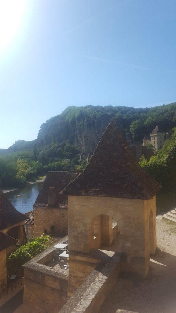Pourquoi aller à La Roque Gageac ?
