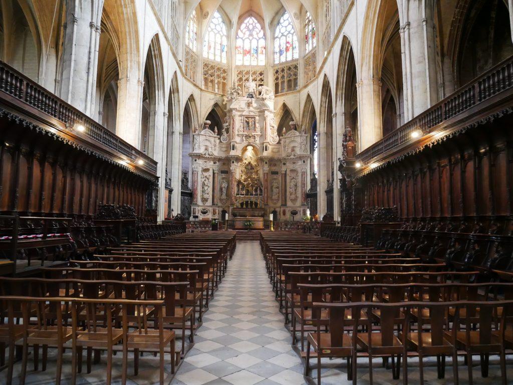 Intérieur de la cathédrale Saint Etienne.