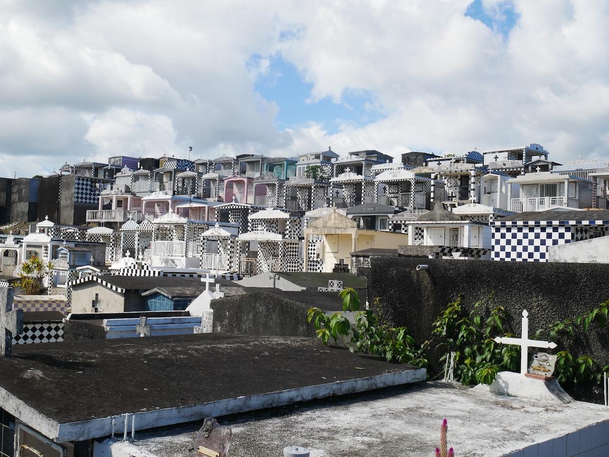 Quel cimetière visiter en Guadeloupe ?